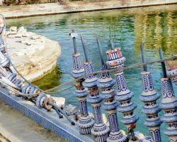 El grave deterioro de la Plaza de España y del Parque