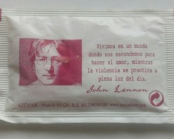 "Frases ""educativas e ingeniosas""  (o no tanto)"