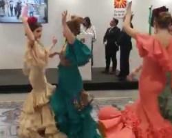 El vídeo por sevillanas del estand de Sevilla en FITUR que provoca burlas en el Twitter del Ayuntamiento