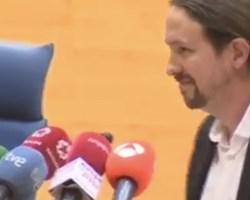 Escrache a Pablo Iglesias en un acto de la Facultad de Ciencias Políticas