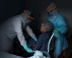 Abandono de los mayores, ocultación de los muertos y exaltación de los vivos