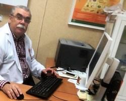 """""""No deja de ser ridículo el intentar favorecer el retorno de los médicos que se fueron sin suturar antes la herida e impedir la sangría de los que estamos""""Entrevista a Manuel Cancio, médico de Atención Primaria"""