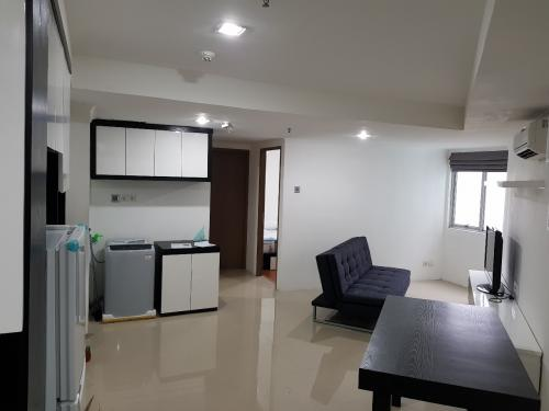 For Green Central City Apartment At Gajah Mada 2 Br Full Furnished