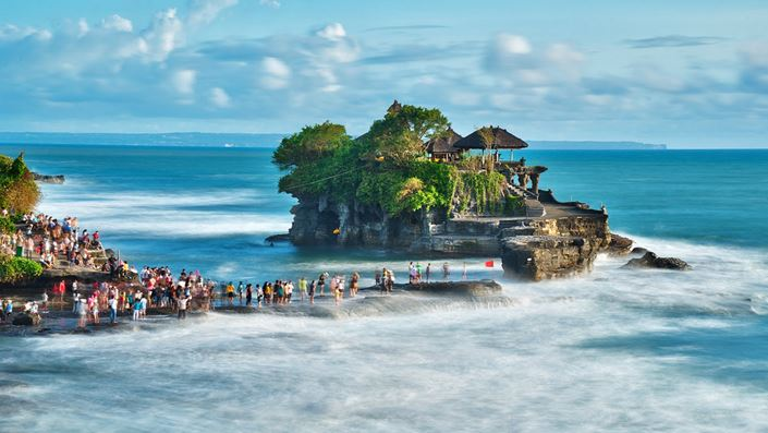Pura Tanah Lot Bali New Feature