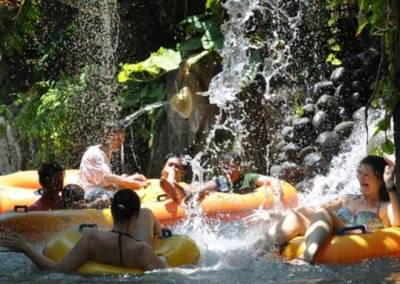 Sewa Mobil di Bali - Waterbom - Lazy River