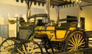 Sejarah Mobil Di Indonesia Mobil Benz Paku Boewono X