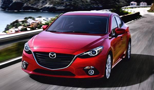 Mobil Sedan Mazda 3 Tahun 2015
