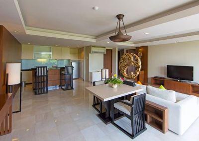 Hotel Le Grande Pecatu Bali One Bed Room 01