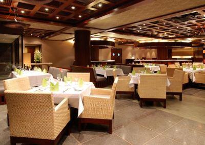Hotel Le Grande Pecatu Uluwatu Bali D'Bar 03