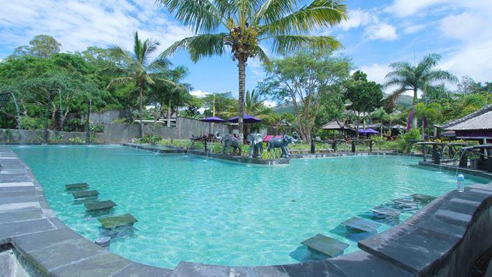 Wisata Air Panas Alami di Toya Bungkah Kintamani