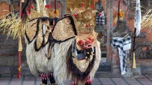 Tari Barong & Kris di Jambe Budaya Batubulan Bali 1