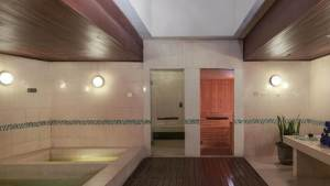 Hard Rock Hotel Bali Pantai Kuta 12