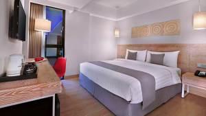 Hotel Neo Kuta Legian Bali 01