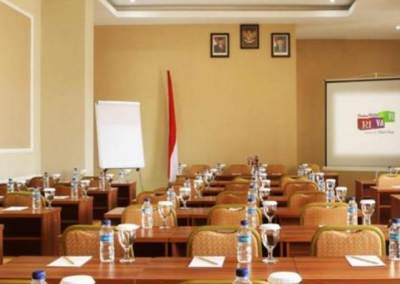 Hotel Rivavi Kuta Beach Bali - Class Meeting Room