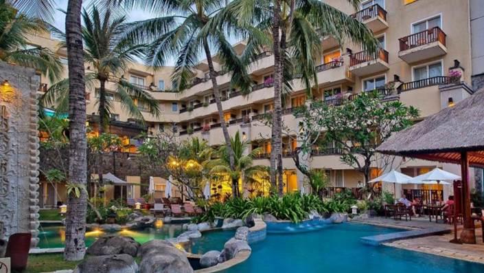 Kuta Paradiso Hotel View Pool