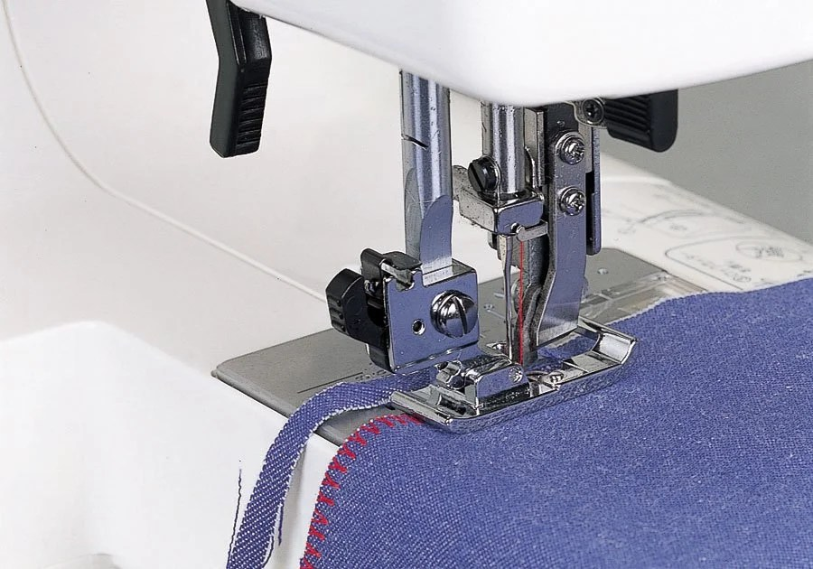 Reviewing The Best Serger Sewing Machine At sewbroidery.com
