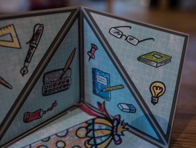 Triangle Corner Pop Up Card mit Motiven aus dem Schulanfang Digiset von Tante Plotta