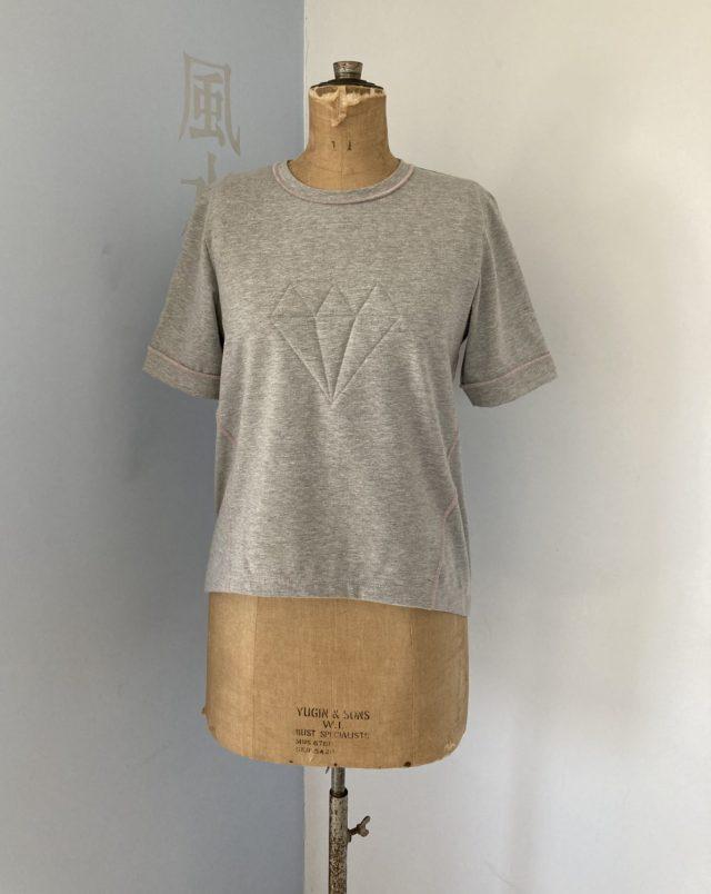 Misusu Dia ladies sweater wordt Yoga T-shirt