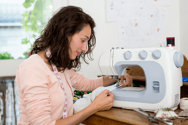 How Does a Basic Sewing Machine Work
