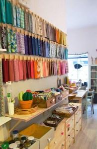 Fabric on display via MuyMolon.com.