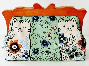 You are bound to get a cross over between fabric lovers and cat lovers.