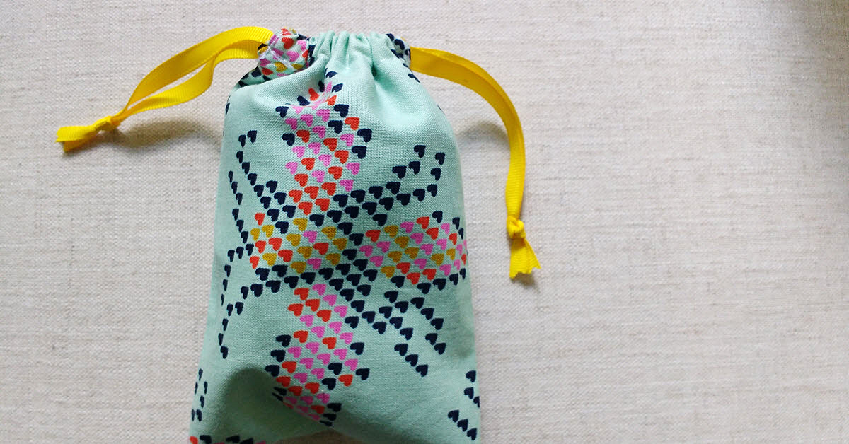 DIY Drawstring Fabric Bag