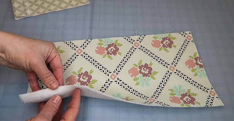 How to Make a Knitting Needle Case 3