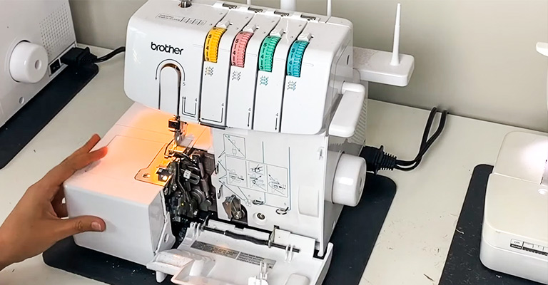 How to Use Serger Machine