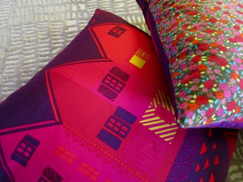 SEW KATIE DID:Marimekko Pillows front and back