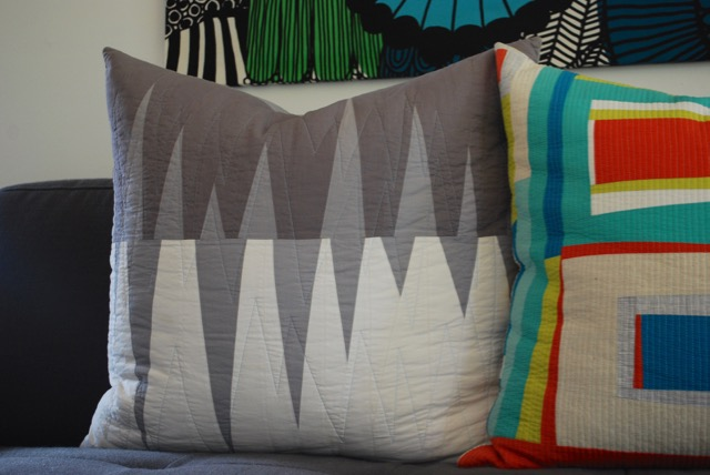 SEW KATIE DID | Opposing Triangles Pillow