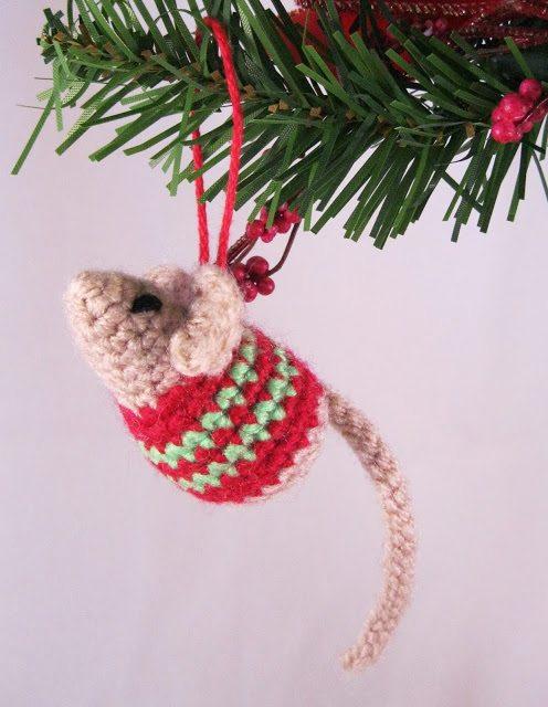 The Ultimate Crochet Christmas Ornaments Roundup Sewrella