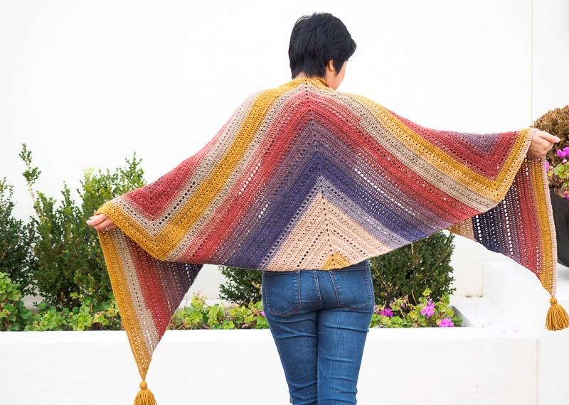 Knit and Crochet Patterns with Lion Brand Cake Yarns! - Sewrella