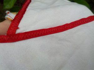 Ribbon with zigzag stitching