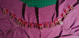 Neckline of New Look 6150 showing how the pleats and the collar are sewn in one seam