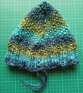 A nearly complete hat! My first ever, and without a pattern :-)