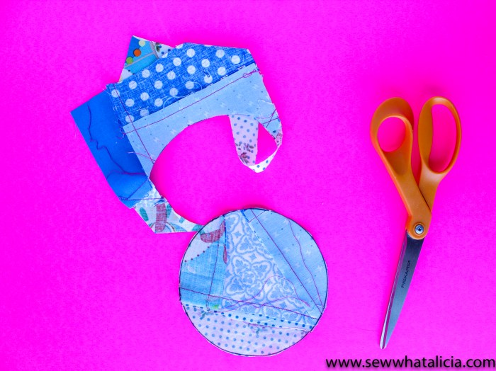 Quilted Coaster Pattern: Pictured: Scrap fabric cut into circle. This easy sewing project is also a free sewing project that you can use as a great scrap buster. Don't miss the video tutorial. Click for the free pattern and video walkthrough. | www.sewwhatalicia.com