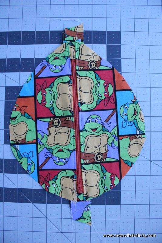 Ninja Turtle Shell Pouch | www.sewwhatalicia.com