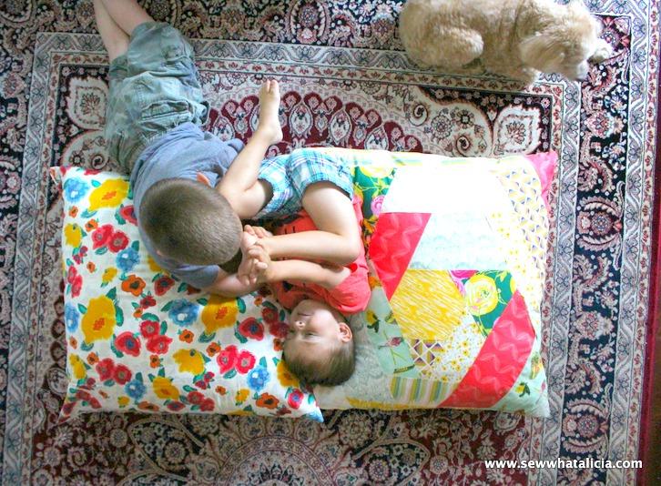Giant Floor Pillow Tutorial | www.sewwhatalicia.com