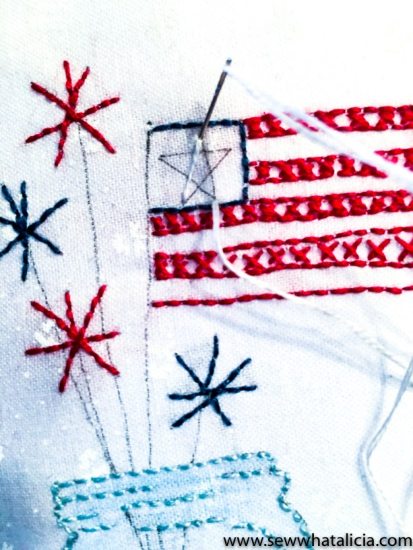 Patriotic Mason Jar Embroidery Tutorial: This patriotic embroidery tutorial is the perfect project for summer! This step by step tutorial is great for beginners and those who want an easy project. Click through for the full tutorial. | www.sewwhatalicia.com