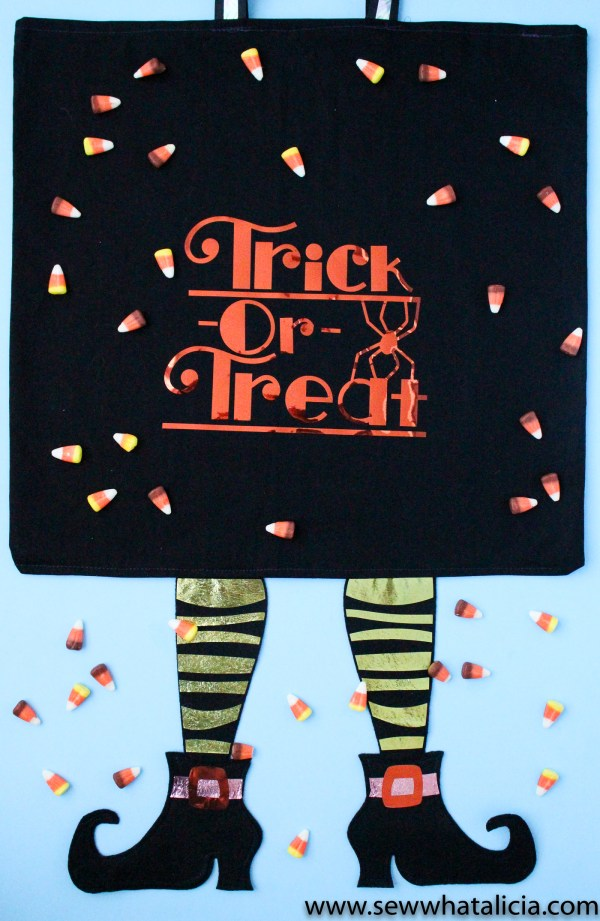 Trick or Treat Candy Bag: This adorable project from Cricut Design Space is perfect for use with the new Cricut Maker. This is a quick project that is great for beginners and even the kids can help! Click through for the tutorial. | www.sewwhatalicia.com