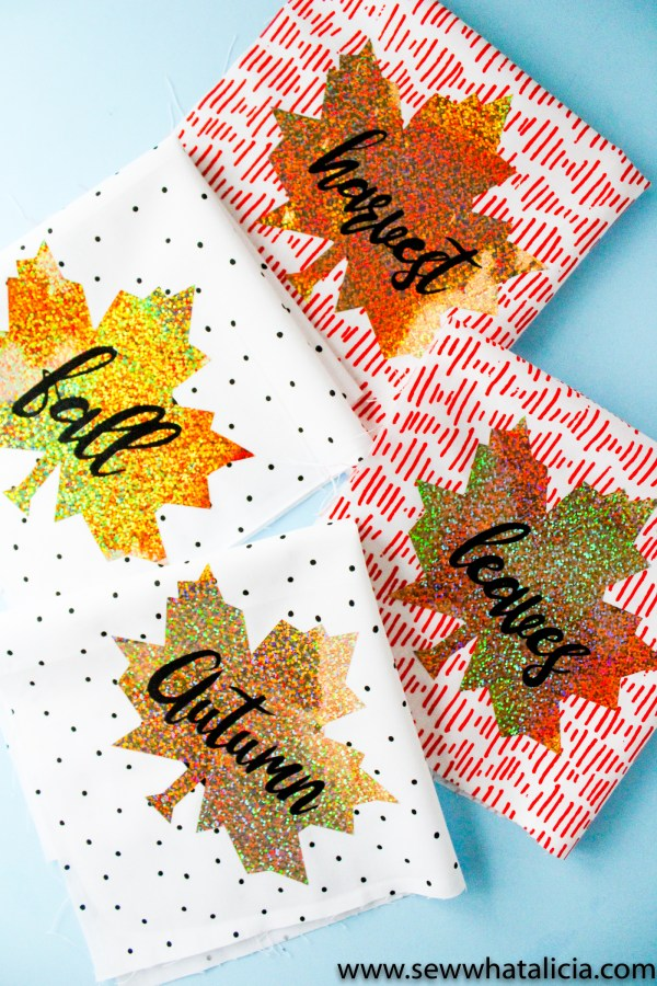 Easy Low Sew Fall Napkins Tutorial: Use your Cricut Easy Press to create these adorable fall napkins that would make the perfect Thanksgiving tablescape decoration! Click through for the full tutorial.| www.sewwhatalicia.com