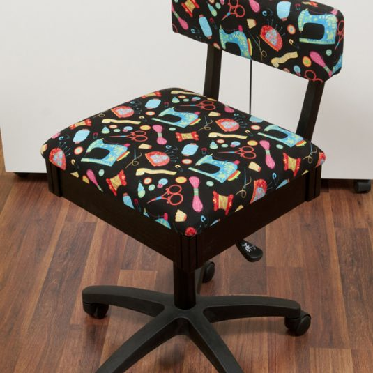 Best Sewing Machine Cabinet: Hydraulic Sewing Chair w/ Sewing Notions | www.sewwhatalicia.com