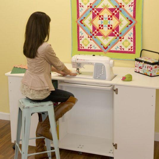 Best Sewing Machine Cabinet: Emu | www.sewwhatalicia.com
