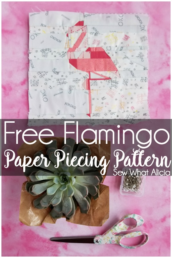Flamingo Foundation Paper Piecing Pattern: This foundation paper piecing pattern is great for intermediate or advanced sewists. Click through for the free pattern. | www.sewwhatalicia.com