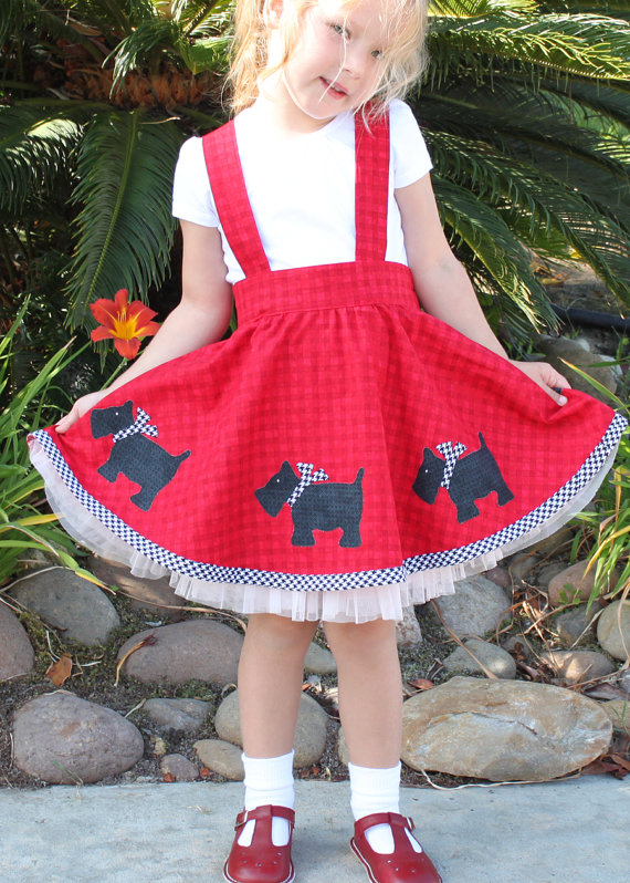 Skirt Sewing Patterns for Women and Girls: Girls Suspender Skirt | www.sewwhatalicia.com