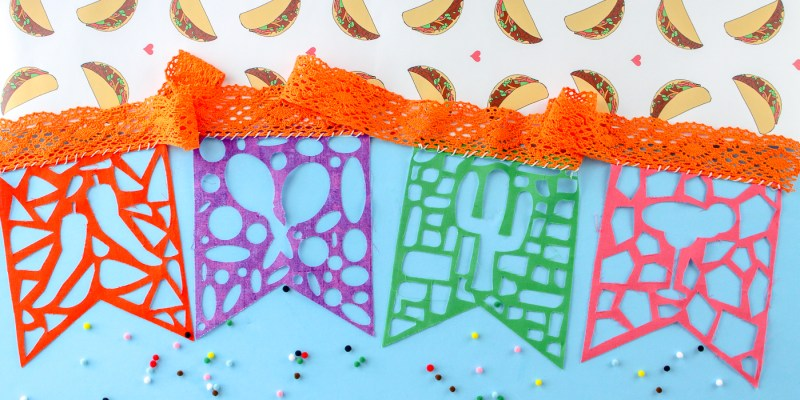 DIY Fabric Papel Picado Bunting: Use your cutting machine to create this fabric papel picado bunting. Click through for the file and a full tutorial. | www.sewwhatalicia.com