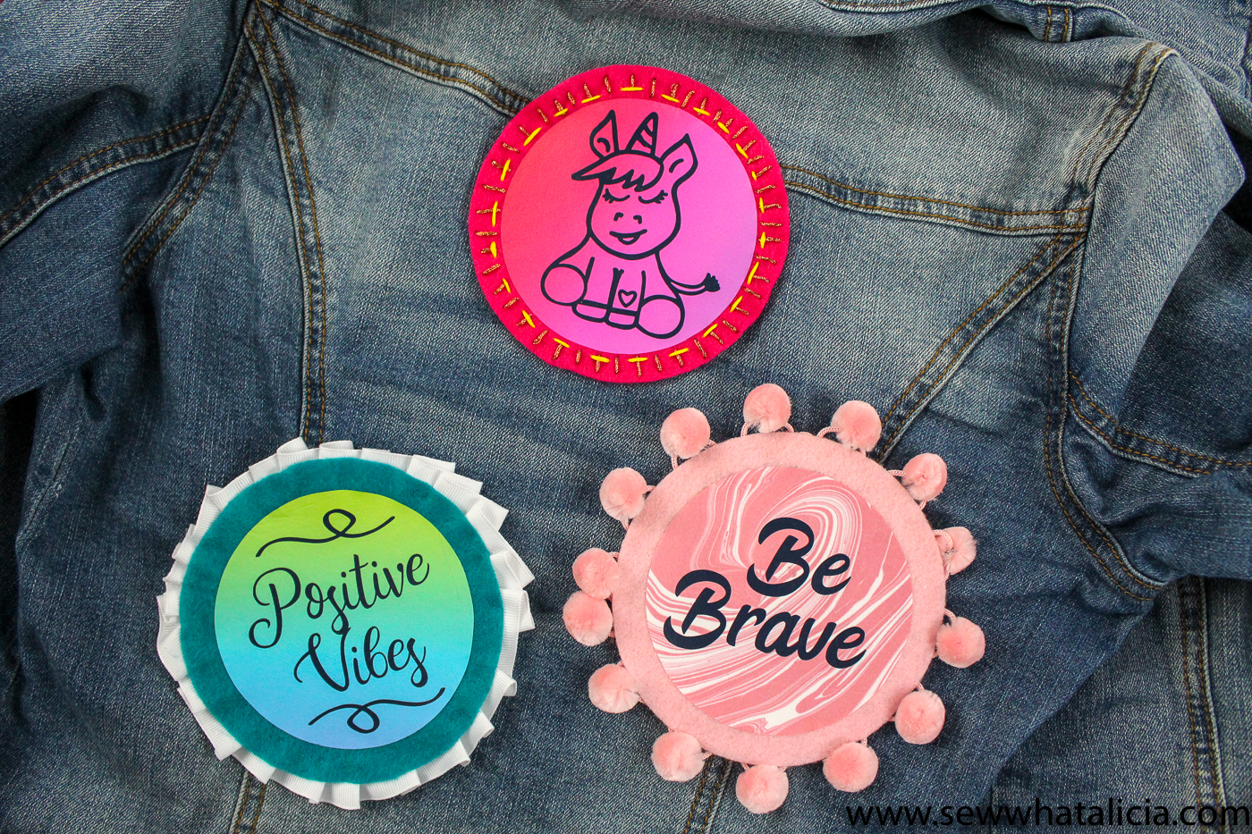 Quick and Easy DIY Patches: With a few supplies you can create custom patches that are sure to be a big hit! Click through for the free cut files and instructions.   www.sewwhatalicia.com