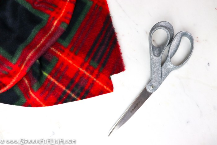 """scissors and fleece with 1"""" square cut away"""