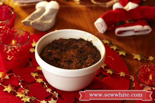 Sew White Christmas 2014 food and drink 6 Figgys Chistmas pud
