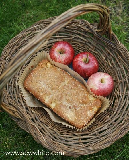 Sew White Apple, Ginger and Fudge Autumn Cake recipe 3